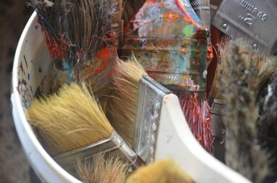 Brushes for volunteers