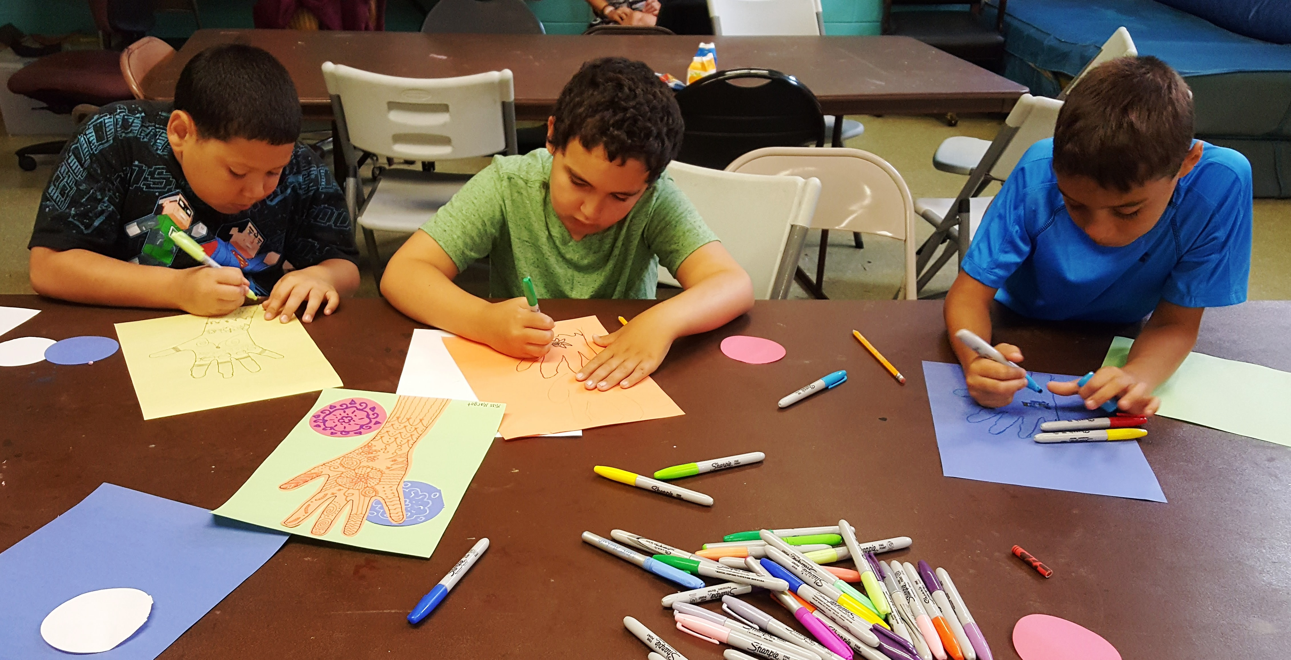 Fishtown Rec Center – Using Henna Designs and Watercolor to Learn About India
