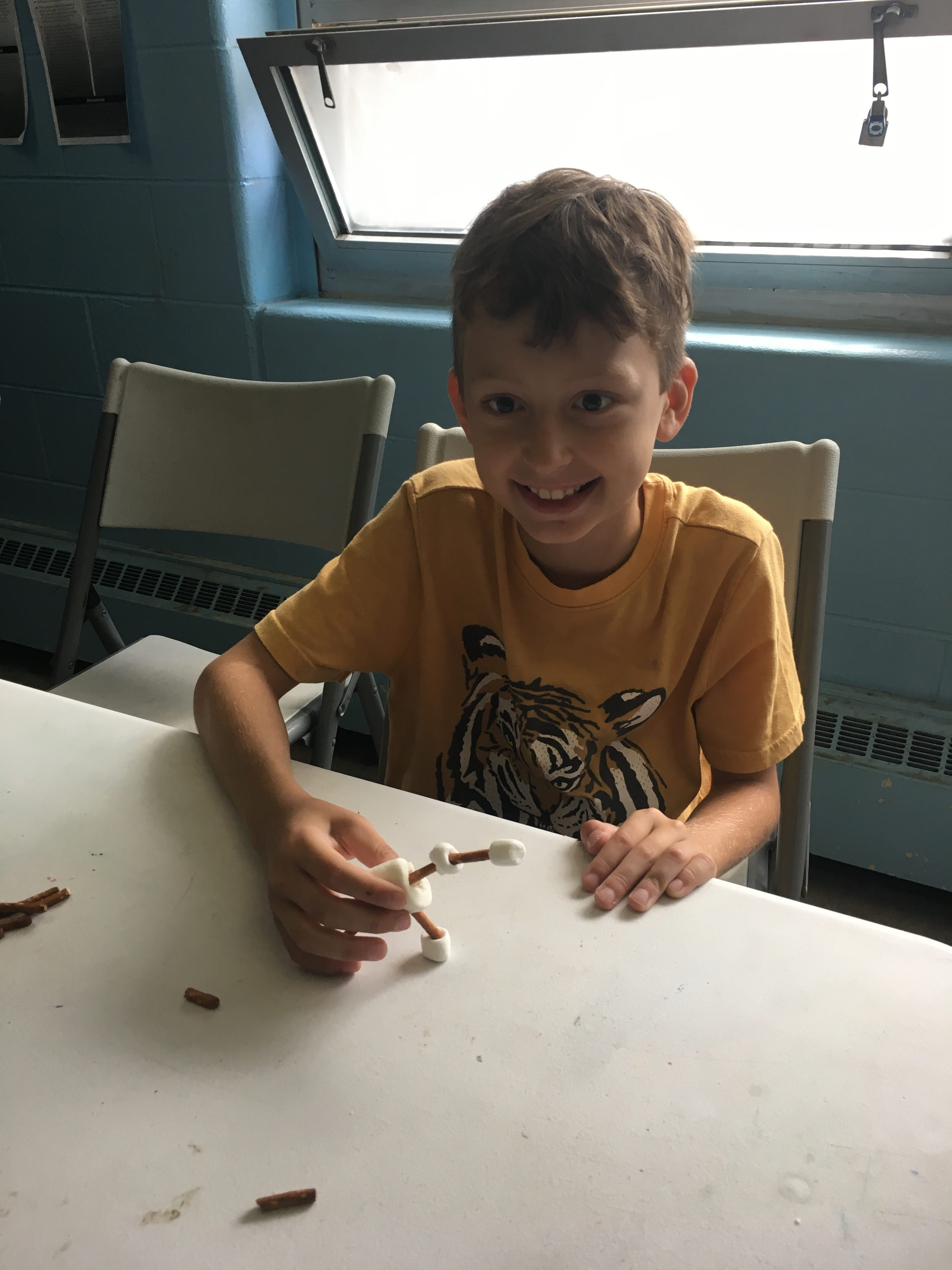Marshmallow Challenge and Animals at Shissler Recreation Center 8/8/17