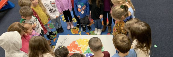Lesson Plan: Class Collage Color Wheel