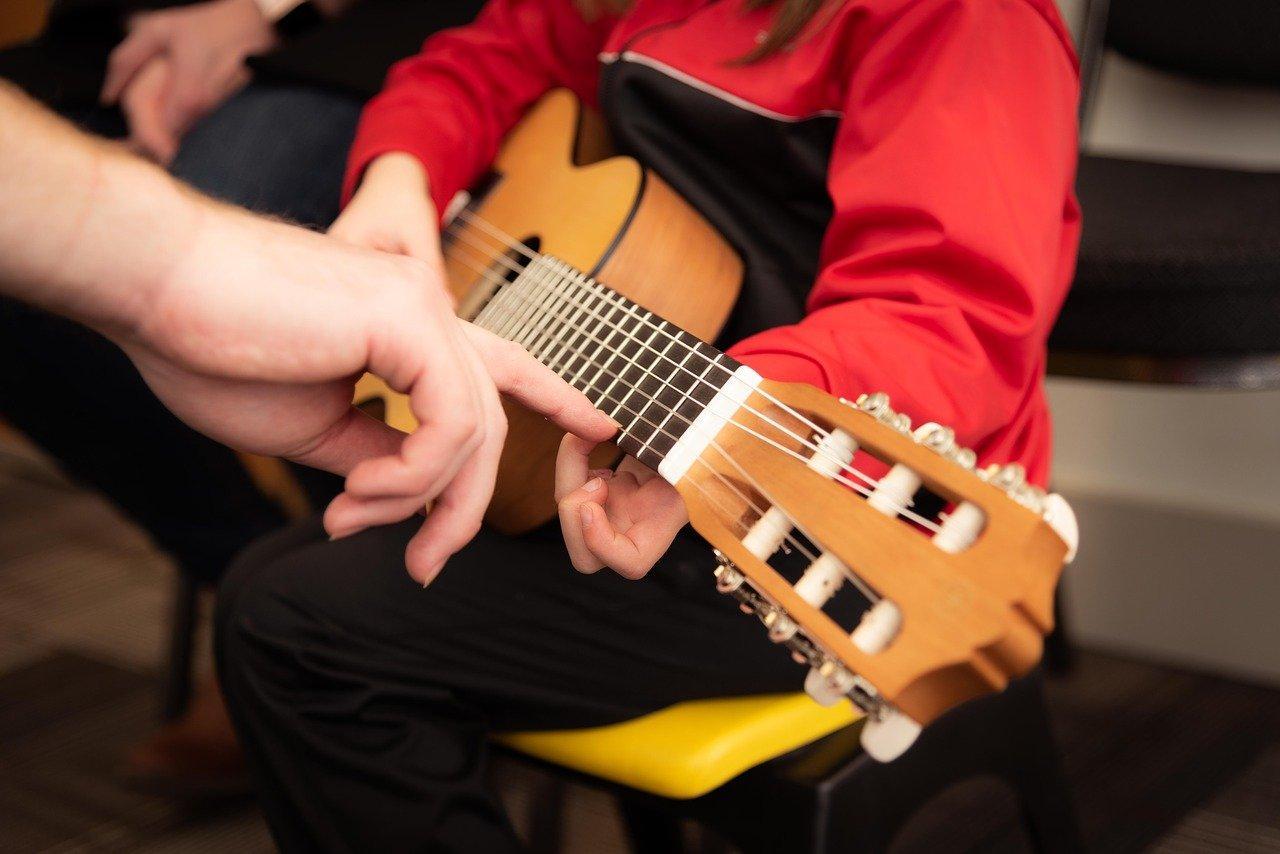 guitar-3957586_1280